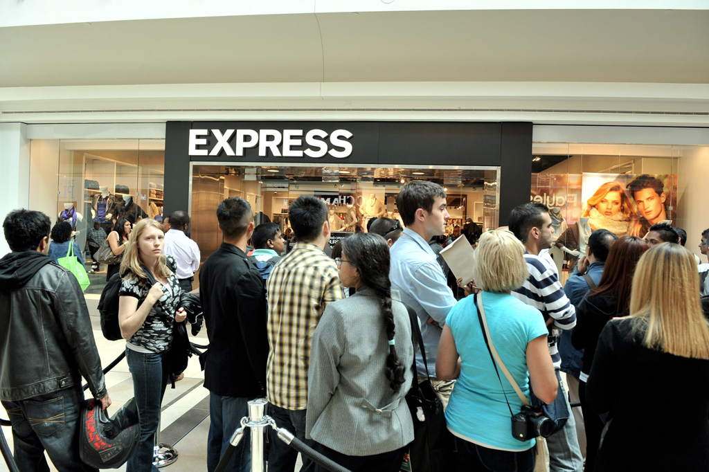 eight ways to increase footfall to your store